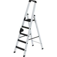 Односторонняя стремянка с рукояткой ergo-pad® и покрытием ступеней